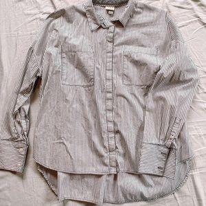 A • NEW • DAY Stripped Shirt